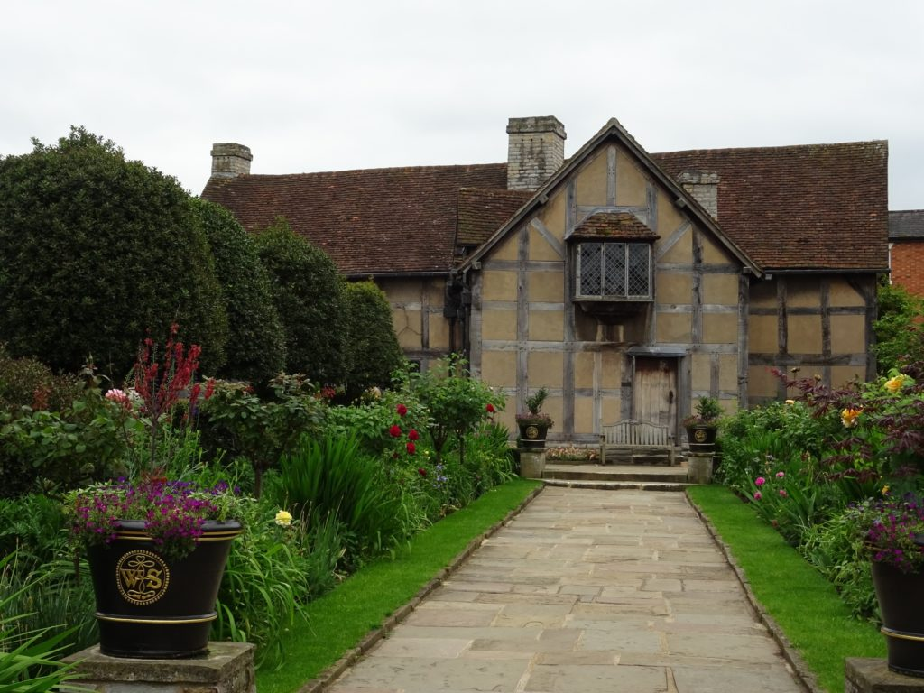 shakespeare birthplace, tudor house, stratford upon avon
