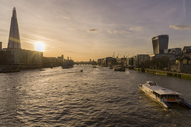 river-thames-sunset